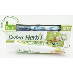 Зубная паста Dabur c нимом 150 г с щеткой